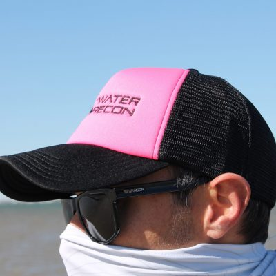Saltwater-Recon Foam Mother-Trucker Cap (neon pink/black)
